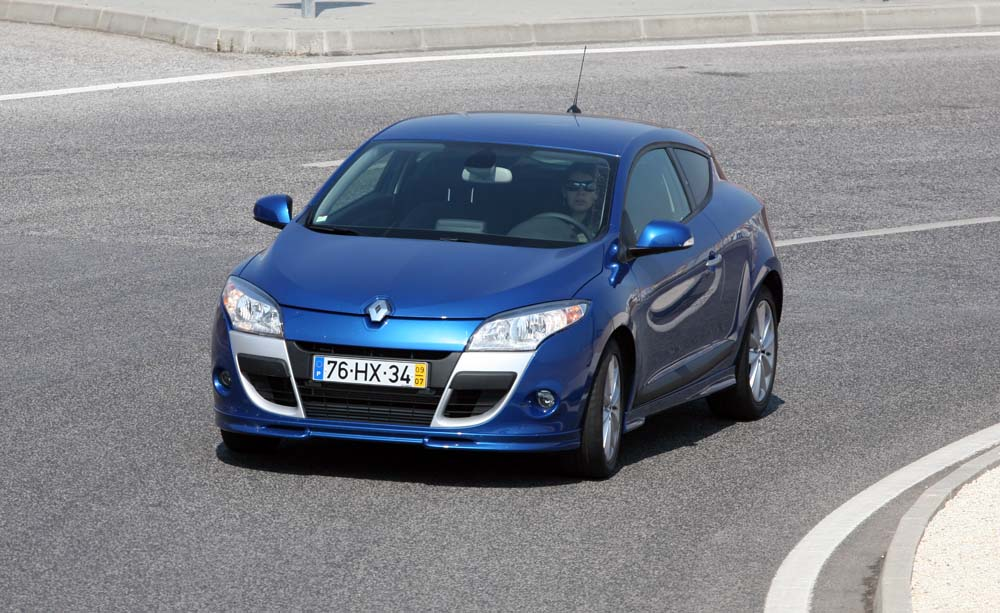 Renault Megane Coupé 130 TCE – Ninguém diria « CAR BLOG